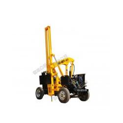 小四轮护栏打桩机,小型打桩机,全液压公路打桩机