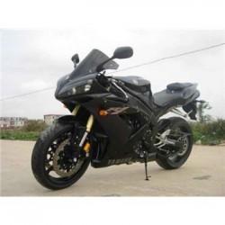 出售雅马哈YZF-R1摩托车