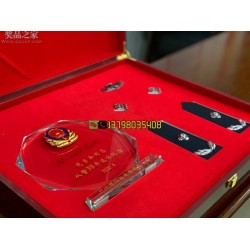 高档木盒警 察退休纪念品