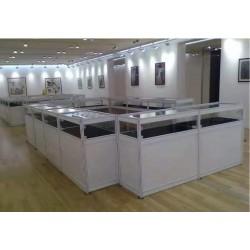 白色多层玻璃柜出租出售
