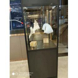 精美大气玻璃展示柜出租