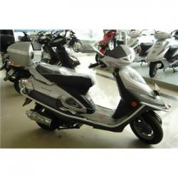雅马哈凌鹰100摩托车 雅马哈踏板摩托车报价